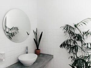 Des astuces et conseils pour une salle de bain minimaliste