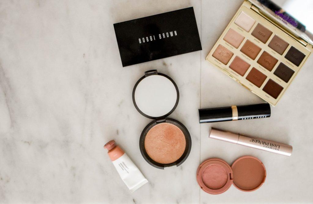 Trier et ranger ses produits cosmétiques de façon simple et minimaliste